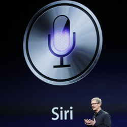 Siri vă poate citi mesajele de pe WhatsApp