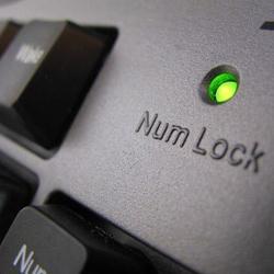 Tutorial – Cum menținem functia NumLock mereu activă